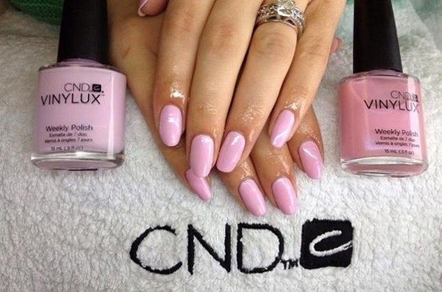 Cnd винилюкс на ногтях